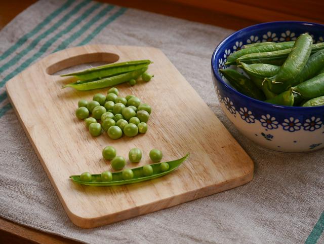 green peas-1.jpg